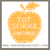 Tot-School-Tuesdays-Button-11
